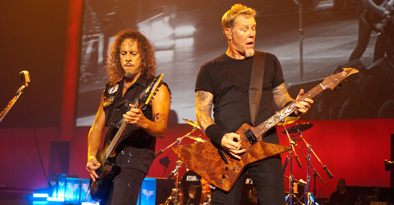 Metallica Rocks The National Anthem at Giants Game